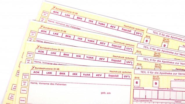 Codein-Hustensaft muss fürSubstitutionspatienten auf ein BtM-Rezept.(Foto: j/ Klaus Eppele / stock.adobe.com)