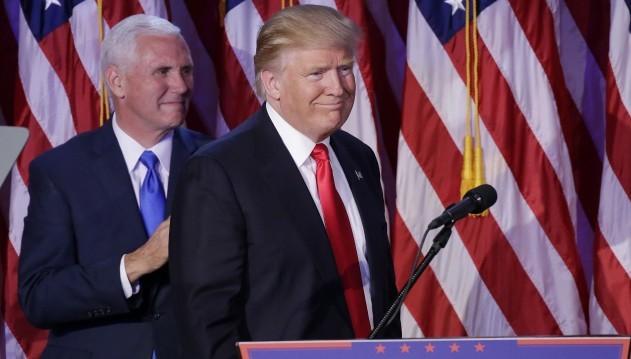 09.11.2016 –Die Auszählung des Wahlergebnisses Waren noch nicht abgeschlossen, aber das Ergebnis eindeutig: Donald Trump wird im Januar 2017 als neuer US-Präsident vereidigt. Die Finanzmärkte wie auch Politiker aus Deutschland zeigten sich geschockt. In den USA wie auch international stehen große Umwälzungen an. Auch das US-amerikanische Gesundheitswesen wird sich voraussichtlich verändern.(Foto: dpa)