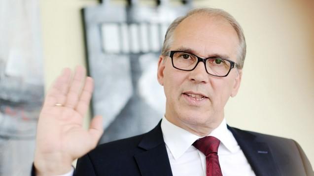 Er befürchtet unvorhersehbare, existenzbedrohende Folgen: Der Hauptgeschäftsführer des Mittelstandsverbunds, Ludwig Veltmann. (Foto: Verband)