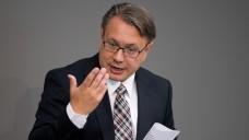 Rx-Versandverbot: Nicht mehr in dieser Legislaturperiode, sagt Georg Nüßlein. Zuletzt hatte es noch Gerüchte gegeben, dass einzelne Gesundheitspolitiker von Union und SPD weiter über einen Kompromiss verhandeln. (Foto: dpa)