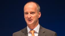 Wirbt für Unterstützung: ABDA-Präsident Friedemann Schmidt wünscht sich, dass möglichst viele Bundestagsabgeordnete dem vom BMG vorgelegten Gesetzentwurf zum Verbot des Rx-Versandes zustimmen. (Foto: A. Schelbert)