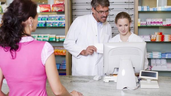 Dispensierrecht für Ärzte führt AMTS-Bemühungen ad absurdum