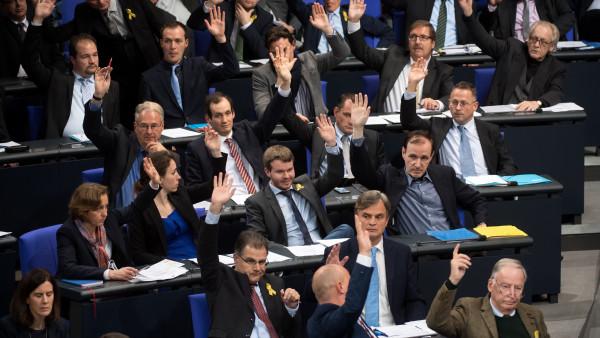 Diese AfD-Politiker machen Gesundheitspolitik