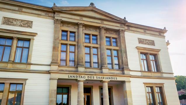 Der Landtag des Saarlandes wird am kommenden Sonntag neu gewählt. Welche Parteien passen zu den Apothekern? (Foto: Petair / Fotolia)