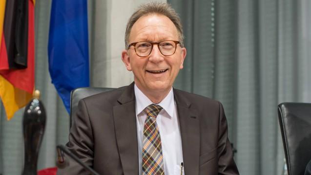 Erwin Rüddel (CDU), Vorsitzender des Gesundheitsausschusses, blickt zuversichtlich in die Zukunft des Gesundheitswesen – nicht zuletzt dank neuer Möglichkeiten durch die Digitalisierung. (m / Foto: imago)