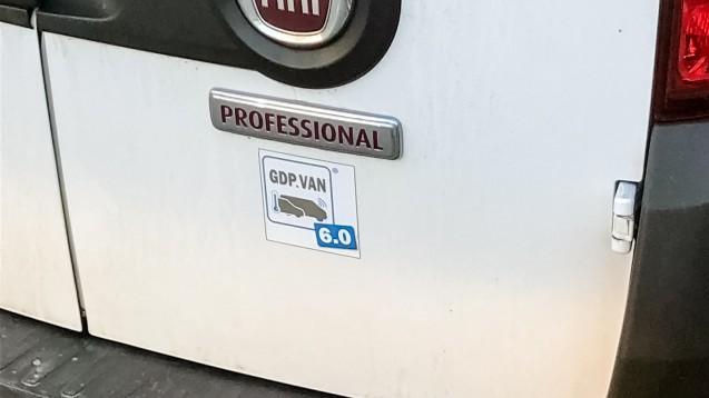 An die Lieferfahrzeuge des Großhandels gibt es strenge Anforderungen gemäß GDP-Richtlinie. (Foto: DAZ.online)