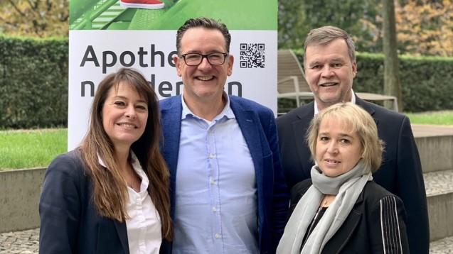 Der via-Vorstand, bestehend aus Dr. Ann-Katrin Gräfe-Bub, Thomas Anthes, Arndt Lauterbach und Ursula Krüger (von rechts), ärgert sich über das geringe Interesse der Krankenkassen an möglichen Modellprojekten zur Grippeimpfung in den Apotheken. (m / Foto: via)