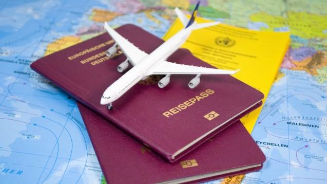 Wer auf BtM angewiesen ist, sollte bei Auslandsreisen einige wichtige Hinweise beachten. (Foto: stockWERK/Fotolia)