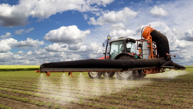 In der Landwirtschaft wird das Pflanzenschutzmittel Glyphosat weltweit eingesetzt. (Foto: oticki / Fotolia)
