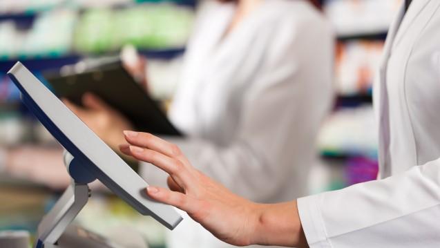 In der Apotheken-Software sind nun die neuen Abrechnungspreise nach Anlage 3 der Hilfstaxe hinterlegt. (Foto: Kzenon / stock.adobe.com)