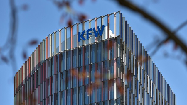 Die Hürden für von der AvP-Insolvenz betroffenen Apotheken, bei der KfW einen Kredit zu erhalten, sind hoch. (Foto: imago images / Jan Huebner)