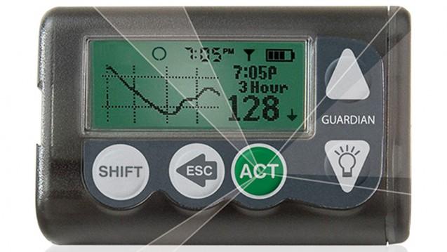 """Der Sensor in der Unterhaut überträgt die Glucosewerte an das Messgerät. Diabetiker wissen so stets ihre aktuelle Blutzuckerwerte – und müssen weniger häufig """"pieksen"""". (Foto: medtronic)"""