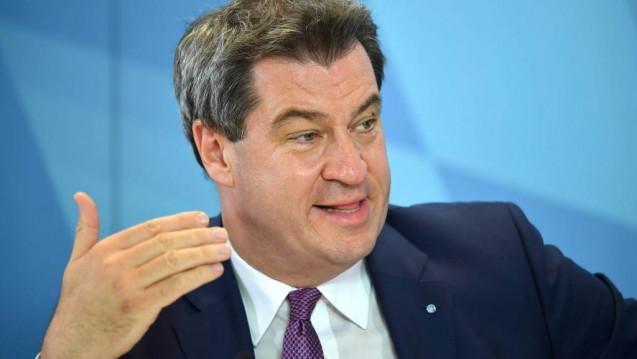 """Hat Bayerns Ministerpräsident Markus Söder die Apotheker aus den Augen verloren? """"Unser Regierungsprogramm ist noch nicht abschließend fertiggestellt"""", erklärt ein CSU-Sprecher gegenüber der Apotheker Zeitung (AZ) und: """"Beim Versandhandelsverbot handelt es sich um ein bundespolitisches Thema."""" (b / Foto: Sven Simon / Imago)"""