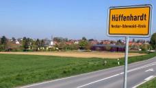 DocMorris kämpft für seinen Arzneimittel-Abgabeautomaten in Hüffenhardt. Nächste Station ist das Oberlandesgericht Karlsruhe. (Foto: diz / DAZ)