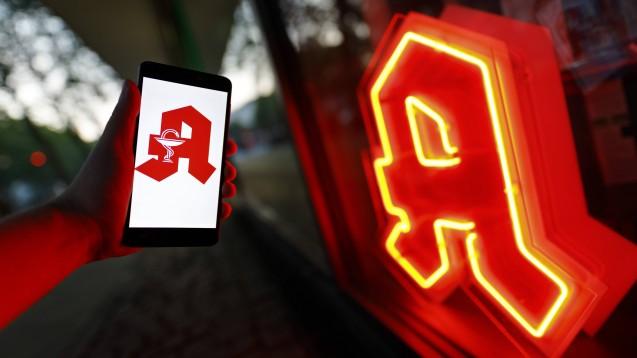 Höhere Pauschalen für Apotheken-Notdienste kann es nur geben, wenn die Bundesregierung einige Maßgaben der Bundesländer umsetzt. (Foto: imago images / future image)