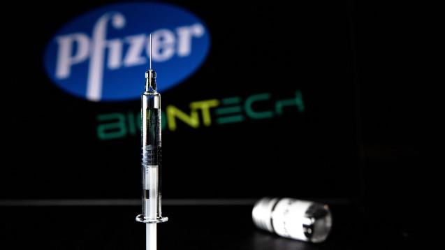 Ab sofort darf auch in den Vereinigten Staaten mit der Biotech/Pfizer-Vakzine BNT162b2 gegen Corona geimpft werden. (Foto: imago images / IP3press)