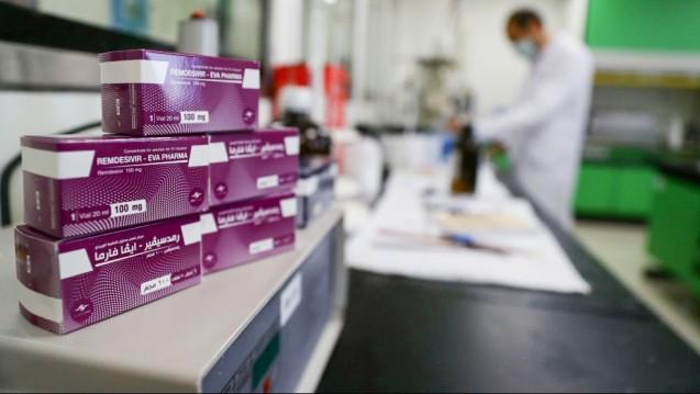 An insgesamt neun Generika-Hersteller hat Gilead Lizenzen für die Produktion von Remdesivir vergeben. (m / Foto: imago images / Xinhua)