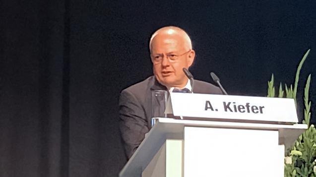 Dass nur Klinikapotheken für die Zytoherstellung in Frage kommen, sieht BAK-Präsident Dr. Andreas Kiefer nicht so. (m / Foto: cel)