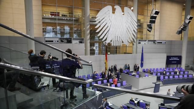 Der Bundestag hat gestern dem Etat von Bundesgesundheitsminister Jens Spahn (CDU) für das Jahr 2021 zugestimmt. (Foto: imago images / Metodi Popow)