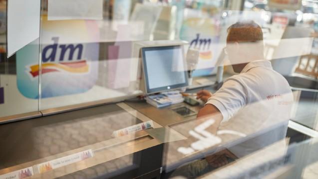 Die Drogeriemarktkette dm will voraussichtlich ab 9. März Schnelltests zur Anwendung für Laien anbieten. (x / Foto: dm)