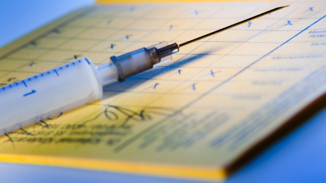 Die AOK Plus sieht keinen Grund, Grippeimpfstoff-Ausschreibungen zu stoppen. (Foto: pix4U/Fotolia)