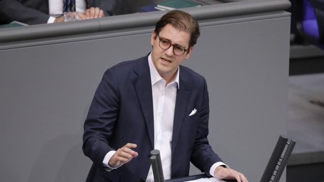 Der CSU-Bundestagsabgeordnete Stephan Pilsinger fordert, das Vor-Ort-Apotheken-Stärkungsgesetz müsse seinem Namen gerecht werden. (s / Foto: imago images / Metodi Popow)