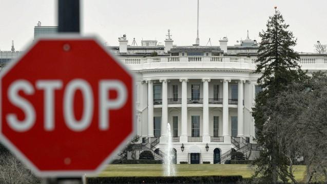 Nichts geht mehr: Die Geschäfte der US-Regierungsbehörden stehen wegen des Shutdowns weiter still. Auch betroffen ist die FDA und somit auch Arzneimittelzulassungen. (c / Foto: imago)