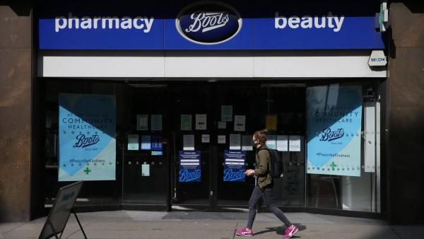 Großbritannien: Ketteninhaber mobben impfende Apotheker