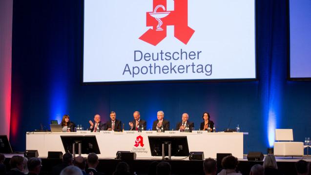 Der Deutsche Apothekertag hat sich dafür ausgesprochen, ausreichend Apotheker auf Station einzuführen. (Foto: DAZ / Schelbert)