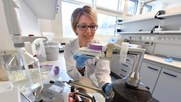 400 neue Arbeitsplätze in Rudolstadt: Novartis-Tochtergesellschaft Aeropharm entwickelt und produziert Asthma-Präparate und Augentropfen fürSandoz. (Foto: dpa)