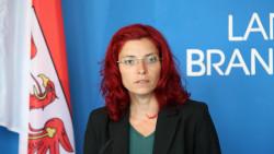 Diana Golze, Brandenburgs Gesundheitsministerin, entschuldigt sich. ( j/ Foto: Imago)