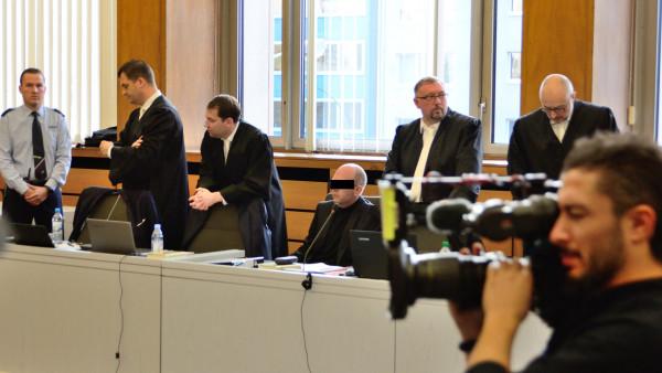 Hexal will notfalls gegen Bottroper Zyto-Apotheker vorgehen