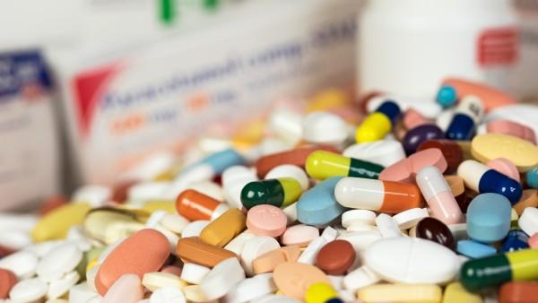 Pharma-Firmen haben besseres Image als die Mafia