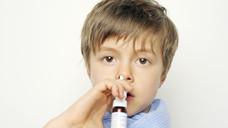 Nasenspray-Rezeptur für ein Kind: die DAK sieht Einsparpotenzial (Foto: photophonie- Fotolia.com)