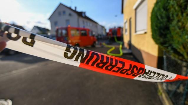 In einer Apotheke in Duisburg brannte es am Samstag, drei Menschen wurden verletzt. (Foto: imago images / onw)