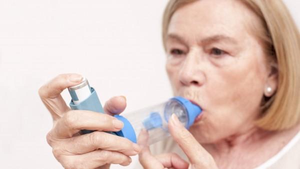 Frakturrisiko durch inhalatives Cortison leicht erhöht