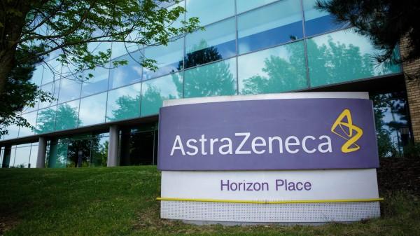 EU sichert sich Corona-Impfstoff von AstraZeneca