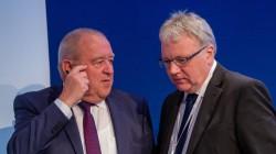 Was tun? Fritz Becker und Mathias Arnold (hier beim DAT 2018) werden derzeit damit konfrontiert, wieder zur Forderung nach dem Rx-Versandverbot zurückzukehren. (Foto: Schelbert)