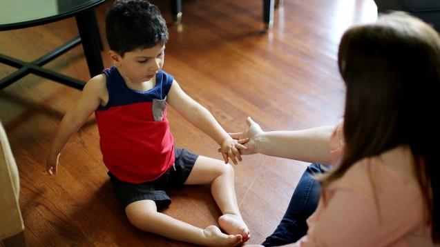 Kinder, die mit spinaler Muskelatrophie Typ 1 auf die Welt kommen, sterben unbehandelt meist in den ersten zwei Lebensjahren an Ateminsuffizienz, die durch einen Schwund der Atemmuskulatur verursacht wird. (Foto: imago images / ZUMA Wire)