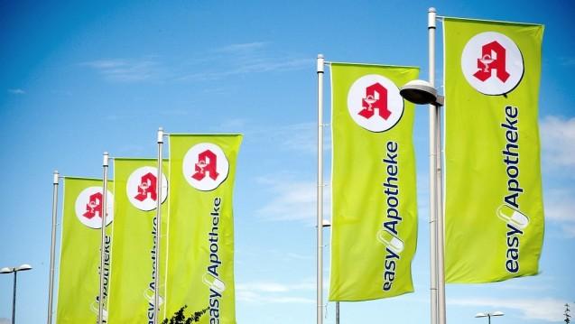 Mehr grüne Fahnen: Die Easy-Apotheken expandieren weiter. (Foto: Easy-Apotheke)    .