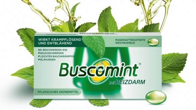 Im Gegensatz zu den Buscopan-Verwandten enthält Buscomint kein Butylscopolamin als Wirkstoff, sondern Pfefferminzöl in einer magensaftresistenten Weichkapsel. (m / Foto: Sanofi)