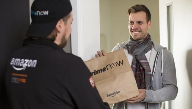 Geliefert wird von Amazon - bisher sind aber nur in München Arzneimittel bei Prime Now erhältlich.