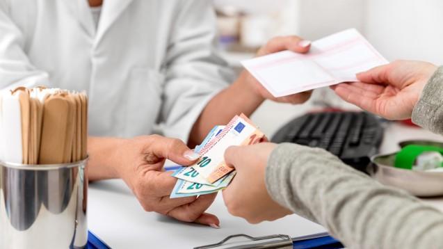 Betrügereien mit Blankorezepten machen den Kassen regelmäßig zu schaffen. Wenige Täter sorgen für hohe Schäden. (m / Foto: stock.adcobe.com / M.Dörr & M.Frommherz)