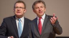 Prof. Dr. Manfred Schubert-Zsilavecz und Prof. Dr. Dieter Steinhilber blickten in die Wirkstoffpipeline. (Foto: A. Schelbert).