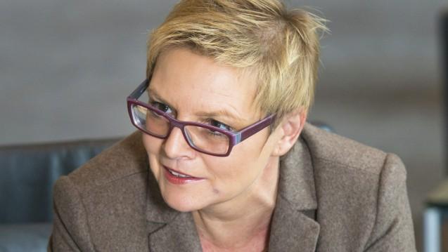 DieApothekenexpertin der SPD, Sabine Dittmar, findet, dass die Expertise aus dem Honorargutachten Eingang in die Gespräche der Jamaika-Sondierer zum Apothekenmarkt finden sollte. (Foto: Kuelker)