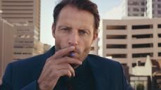 Ein E-Zigaretten-Hersteller bewirbt sein Produkt in Fernseh-Werbespots. (Bild: obs/PowerCigs Ltd./Wiebren Bergsma)