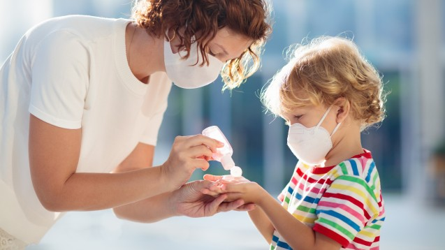 Manche Hersteller sind offenbar schon dabei, Kindermasken zu entwickeln. Aber kommen damit auch bald FFP2-Masken in verschiedenen Größen auf den Markt? (x / Foto: famveldman / stock.adobe.com)