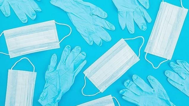 Die Coronapandemie wirkt sich auch auf die Pflegehilfsmittel aus. Bis Ende September dürfen Apotheken statt für die üblichen 40 Euro monatlich nun für 60 Euro Pflegehilfsmittel abgeben. (s / Foto: artifirsov /adobe.stock.com)