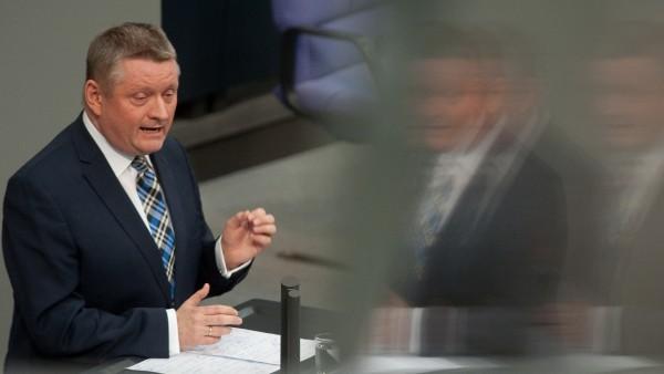 Bundestag ignoriert Heilpraktiker-Skandal