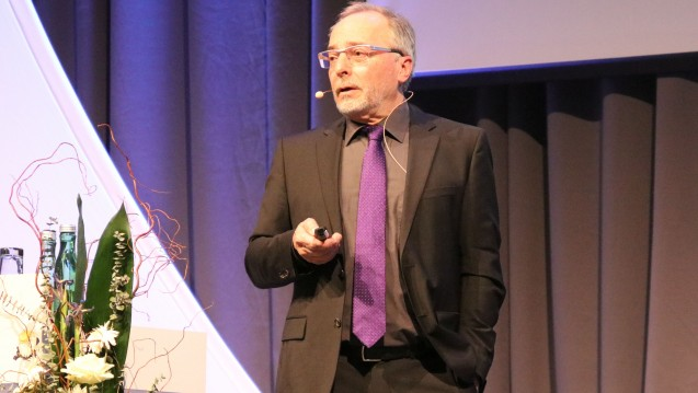 Eine Wirkung bei Antidepressiva müsse bereits nach zwei Wochen einsetzen, sagt Dr. Otto Dietmaier. (Foto: cel / DAZ.online)